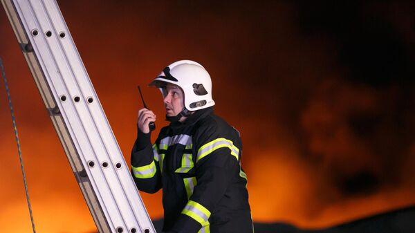 Сотрудник противопожарной службы