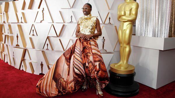 Актер Билли Портер на красной дорожке во время прибытия на церемонию вручения премии Оскар в Голливуде