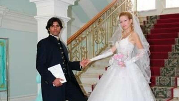 Виктория Мусина-Пушкина, ее муж - Пьер и дети - Александра, Анастасия, Хлоя