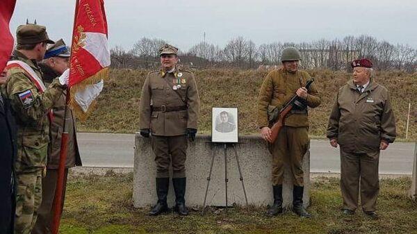 Польские реконструкторы у места гибели Ивана Черняховского