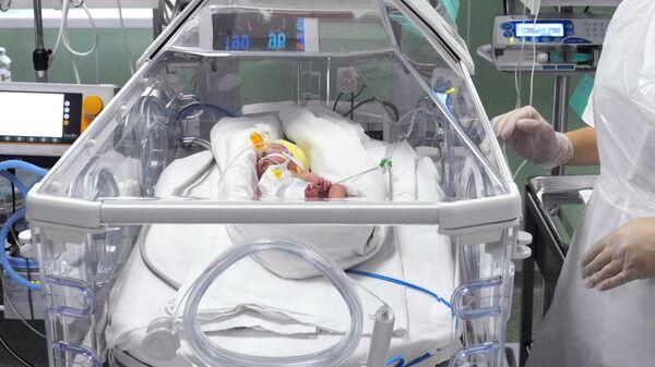 Кувез в отделение реанимации и интенсивной терапии новорожденных