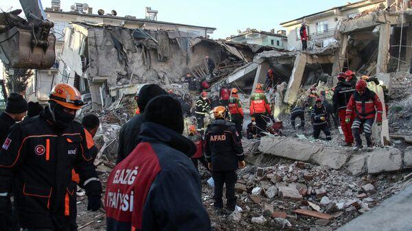 Последствия землетрясения на востоке Турции