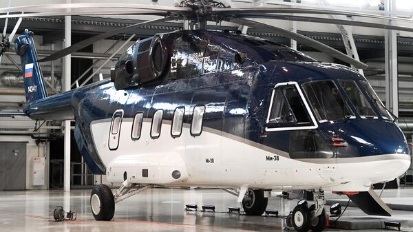 Первый гражданский вертолет Ми-38 с салоном повышенной комфортности в здании Казанского вертолетного завода