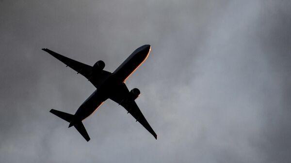 Пассажирский самолет Boeing 777