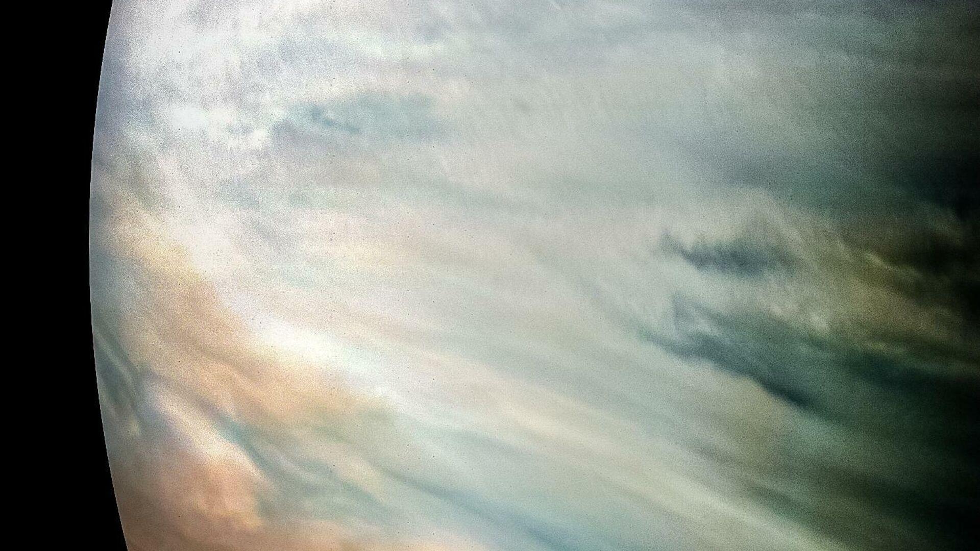 Густые белые облака на Юпитере - РИА Новости, 1920, 20.12.2020