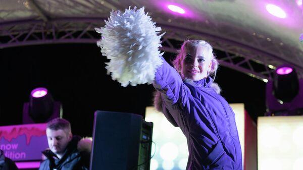 Чирлидер на фестивале AFP
