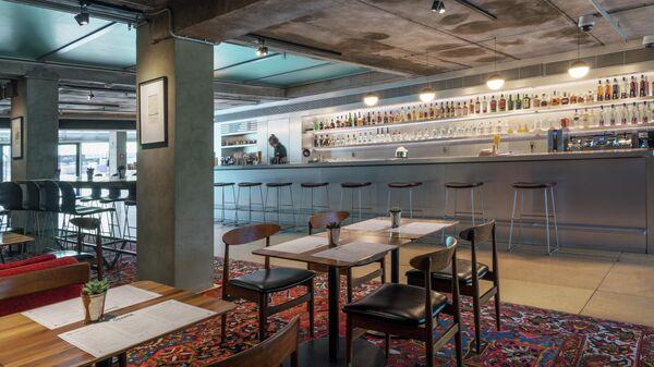 кафе при музее современного искусства Garage