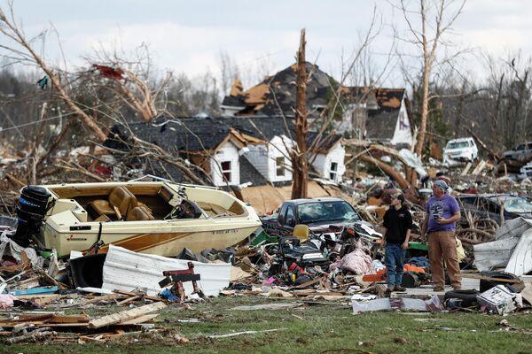 Последствия торнадо в Куквилле, штат Теннесси