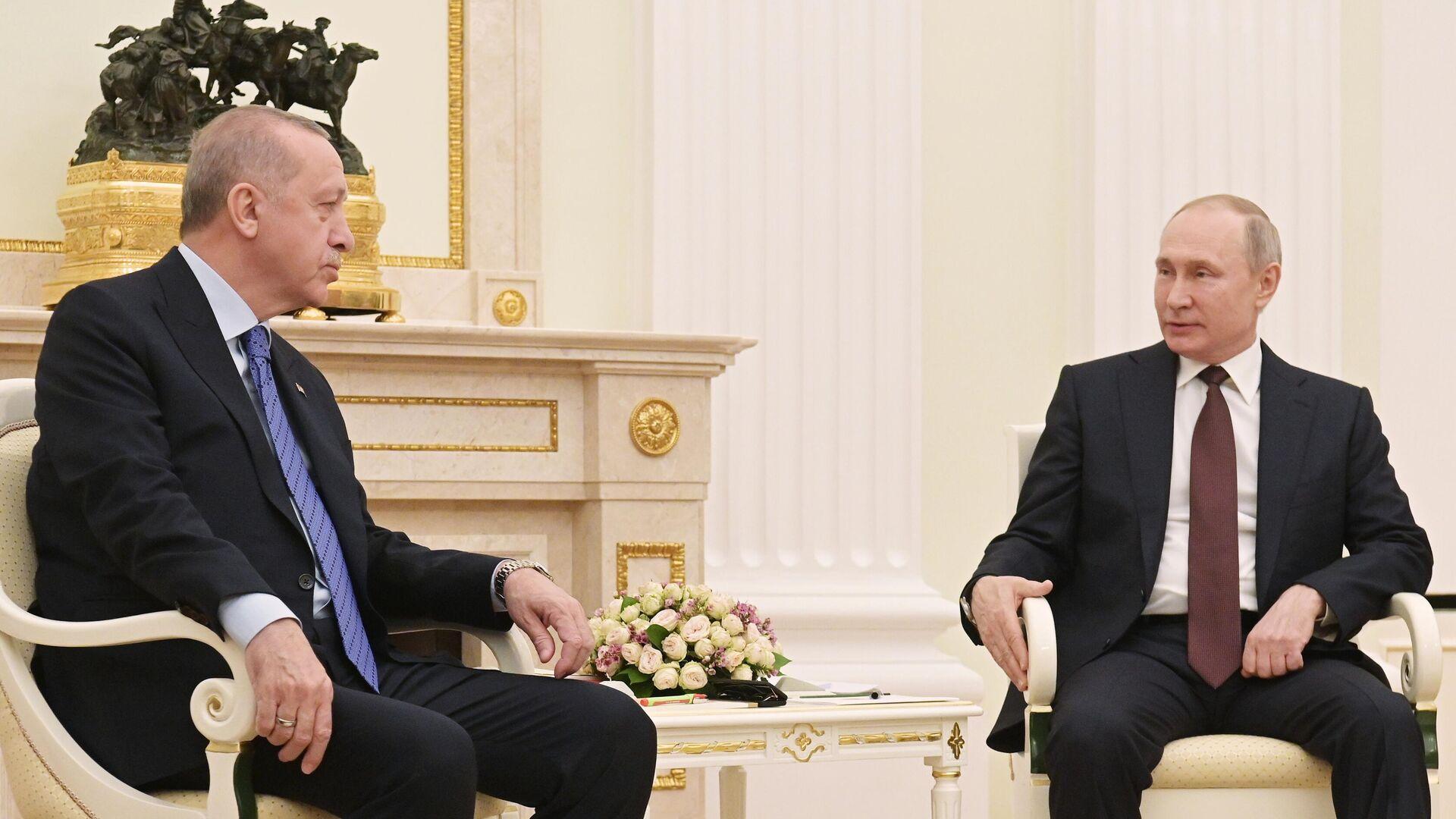 Президент РФ Владимир Путин и президент Турции Реджеп Тайип Эрдоган во время встречи - РИА Новости, 1920, 26.09.2021