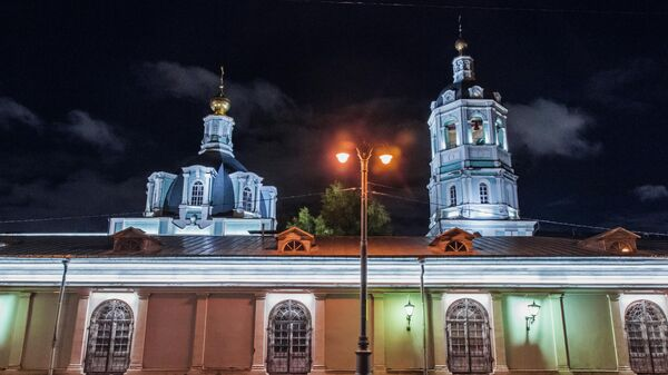 Подсветка православного храма Святителя Николая на острове Балчуг в Замоскворечье