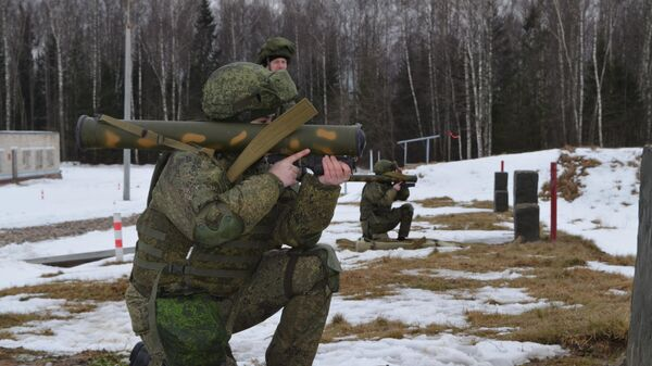 Кусранты на позициях для стрельбы