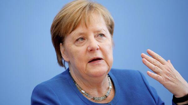 Канцлер Германии Ангела Меркель на пресс-конференции по ситуации с коронавирусом в Берлине