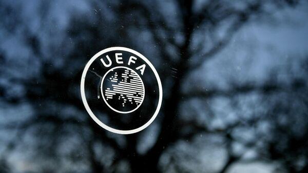 Логотип УЕФА в Ньоне, Швейцария