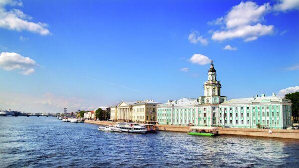 Вид Невы. Санкт-Петербург, Россия