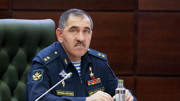 Заместитель министра обороны РФ Юнус-Бек Евкуров