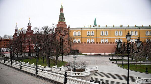 Вид на Александровский сад
