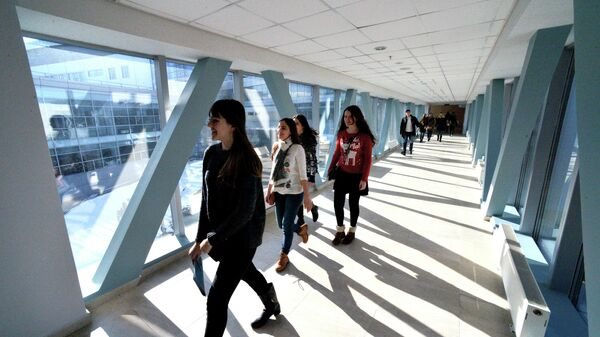 Посетители на дне открытых дверей Дальневосточного федерального университета