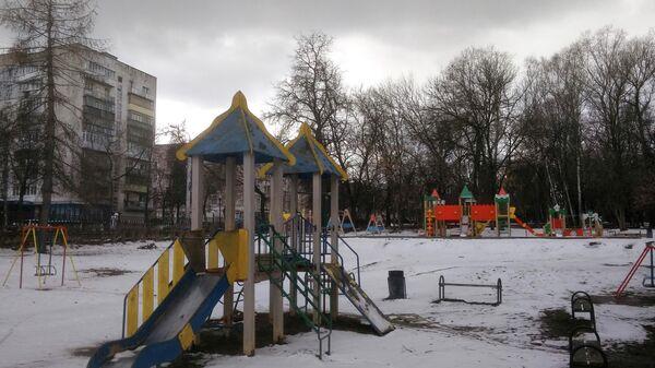 Пустая детская площадка. Нижний Новгород