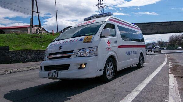 Машина скорой помощи в Ереване