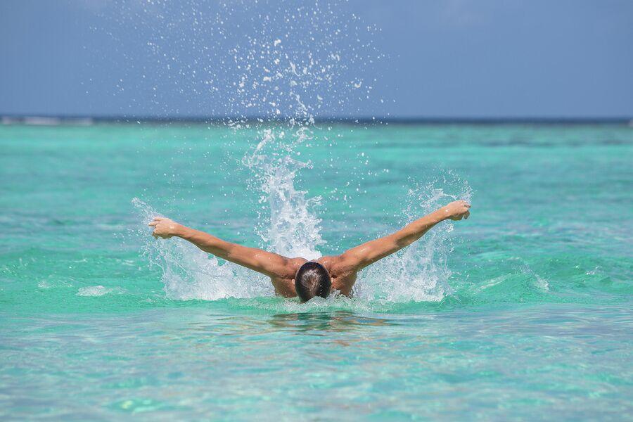 Митя Фомин на Мальдивах