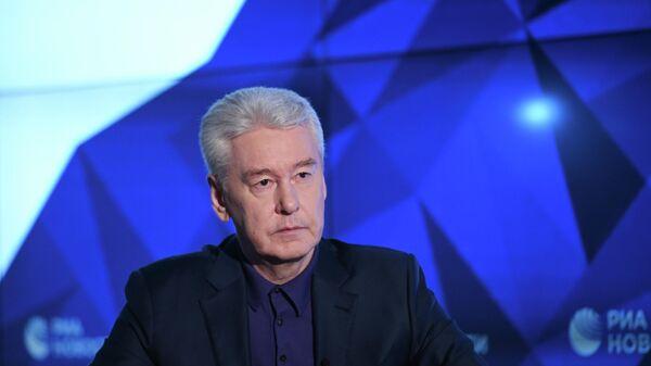 Мэр Москвы Сергей Собянин во время интервью генеральному директору МИА Россия сегодня Дмитрию Киселеву