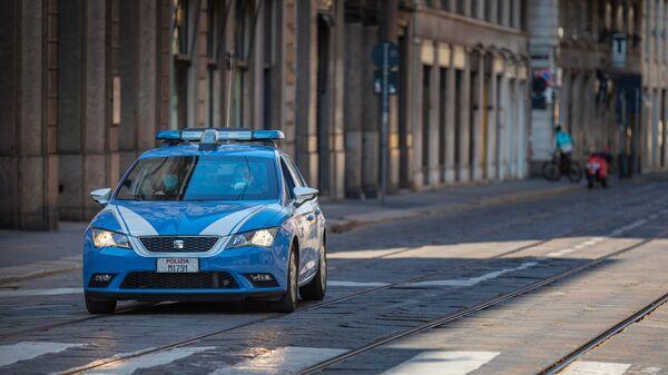 Полицейская машина на улице Милана