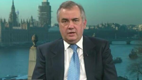 Стоп-кадр из передачи Вечер с Владимиром Соловьевым с участием политолога Александра Некрасова