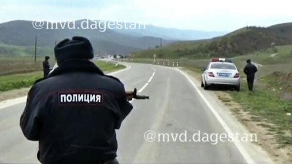 Мужчина обстрелял полицейских в Табасаранском районе Дагестана