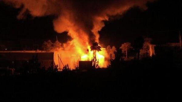 Пожар в частном жилом доме в селе Маралиха Чарышского района в Алтайском крае
