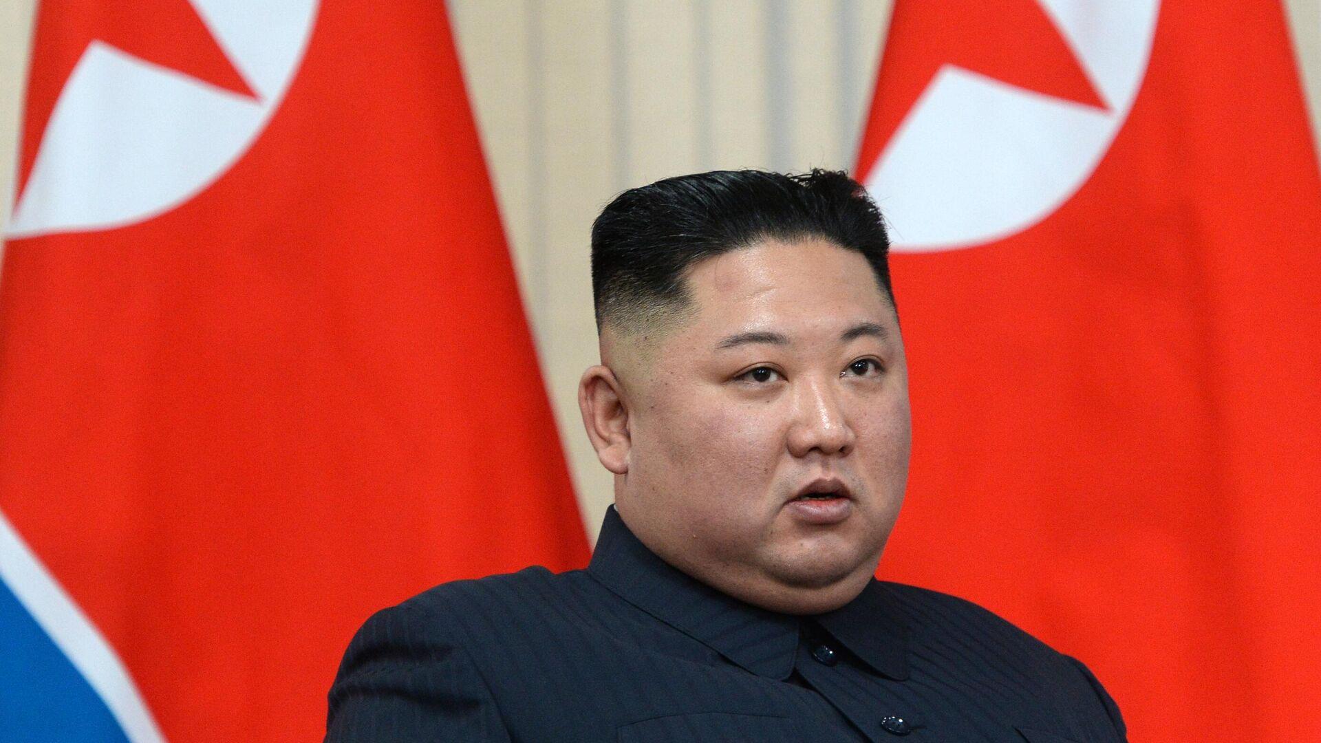 СМИ: Ким Чен Ын заявил о готовности восстановить каналы связи с Сеулом