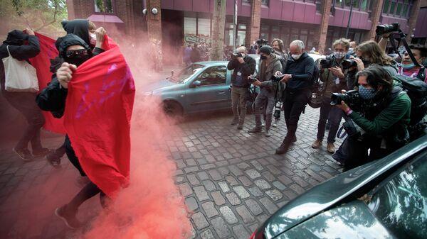 Несогласованная первомайская демонстрация в Берлине, Германия