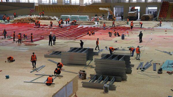 Строительство временного госпиталя в ледовом дворце Крылатское