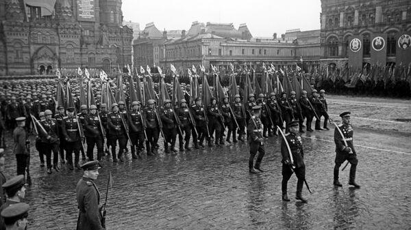 Парад Победы, проходивший на Красной площади в Москве 24 июня 1945 года в ознаменование разгрома фашистской Германии во Второй мировой войне 1939-1945 годов
