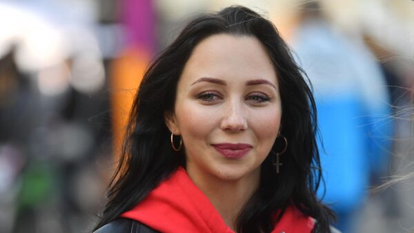 Зарядка с фигуристкой ЕлизаветойТуктамышевой на Дворцовой площади