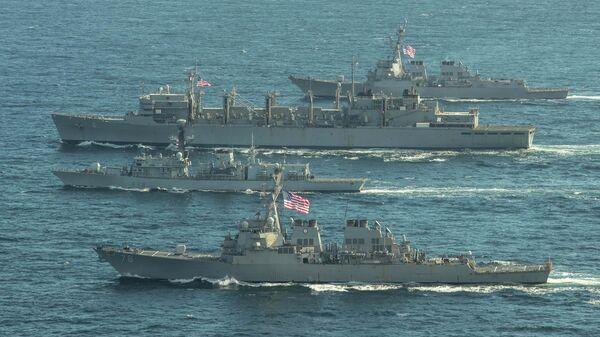 Эсминцы ВМС США Портер, Дональд Кук и Франклин Рузвельт и британский фрегат Кент