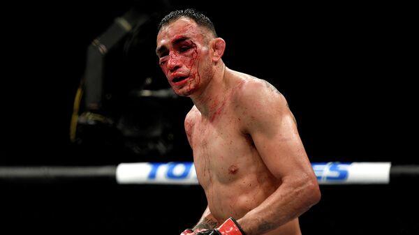 Американский боец смешанного стиля (MMA) Тони Фергюсон