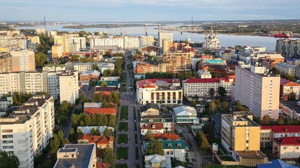 Вид на центральную часть города Архангельска