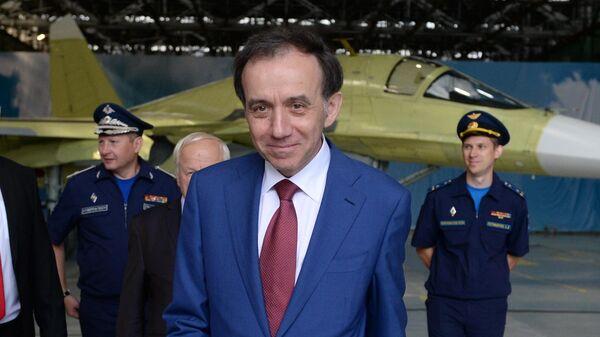 Генеральный директор ОАО Компания Сухой Игорь Озар