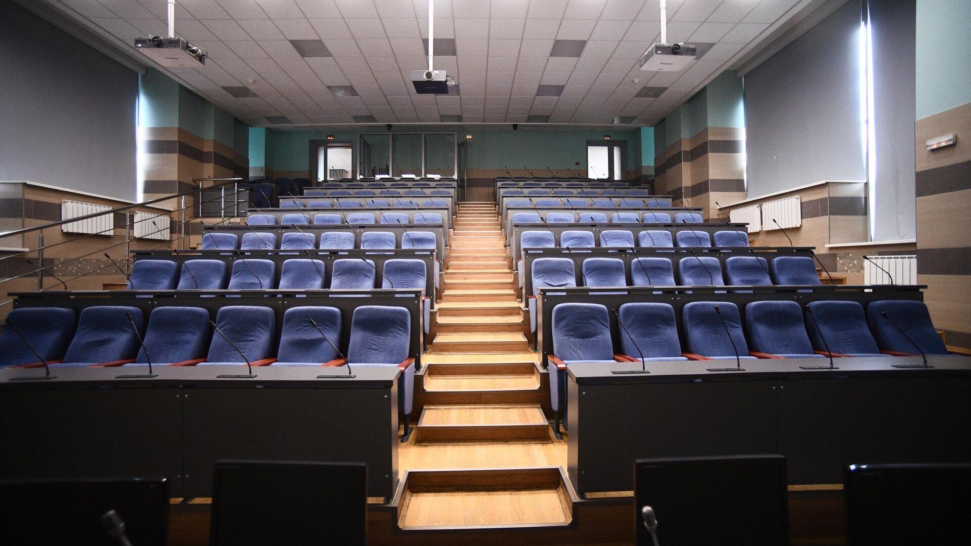 Пустая аудитория Национального исследовательского технологического университета МИСиС - РИА Новости, 1920, 09.09.2020