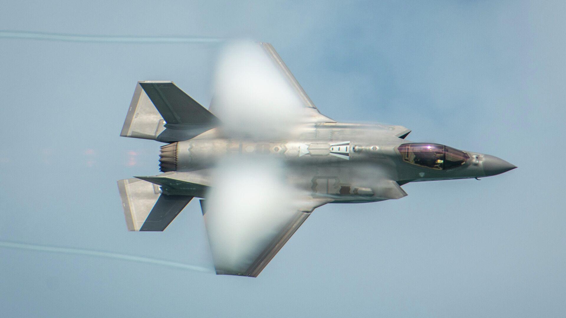 Американский истребитель F-35A Lightning II - РИА Новости, 1920, 21.11.2020