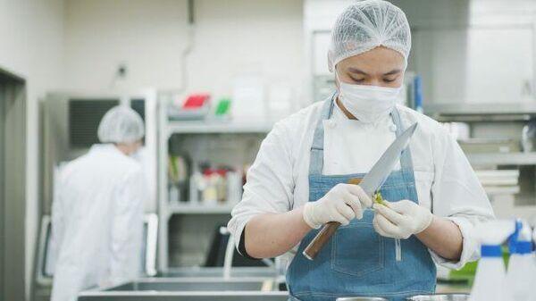 Лучшие повара в Токио помогают врачам