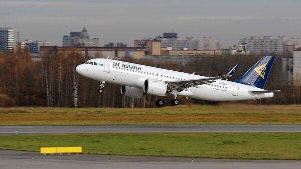 Самолет Airbus A320neo авиакомпании Air Astana