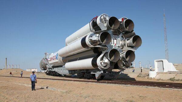 Ракета-носитель Протон-М с разгонным блоком ДМ-03