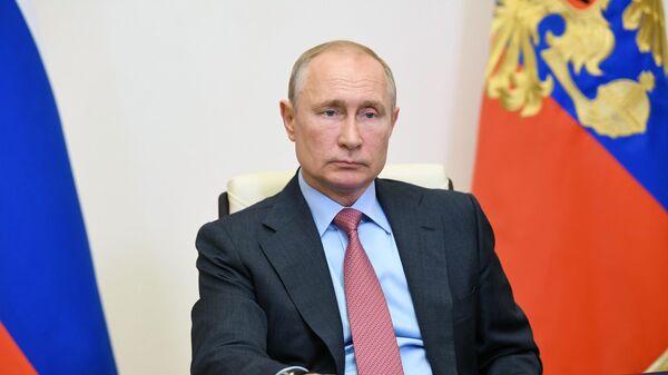 Президент РФ Владимир Путин во время рабочей встречи в режиме видеоконференции с мэром Москвы Сергеем Собяниным