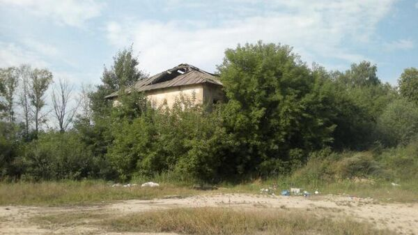 Заброшенное строение в селе 2-е Никольское Воронежской области, где было найдено тело убитой девочки
