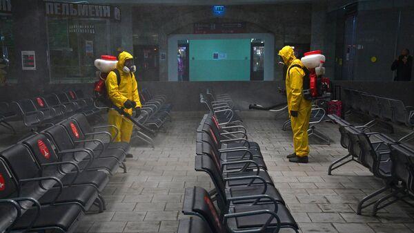 Дезинфекция Казанского вокзала в Москве