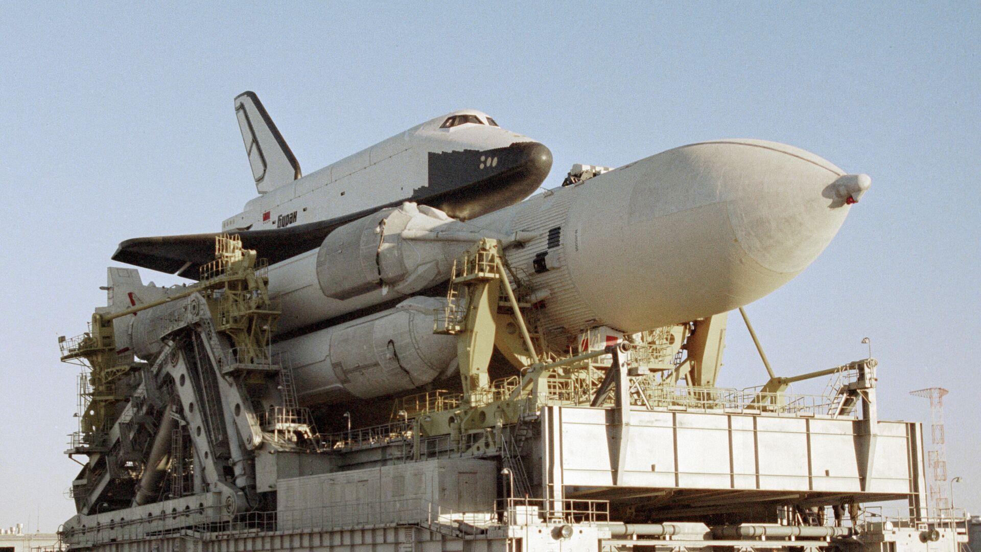 Ракетно-космическая система Энергия, в состав которой входят ракета-носитель и корабль многоразового использования Буран - РИА Новости, 1920, 07.08.2020