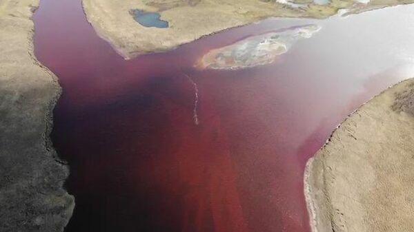 Кадры с места разлива топлива из-за аварии на ТЭЦ в Норильске