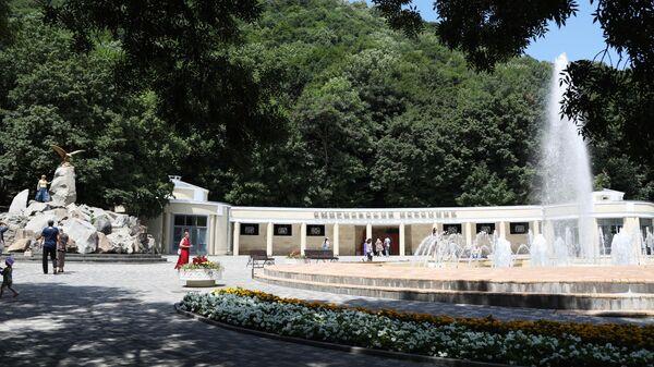 Смирновский источник в Курортном парке в Железноводске