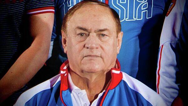 Главный тренер мужской сборной России по тяжелой атлетике Олег Писаревский